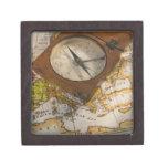 Compás antiguo en mapa cajas de regalo de calidad