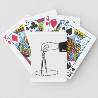 Compás, herramienta de la matemáticas baraja cartas de poker