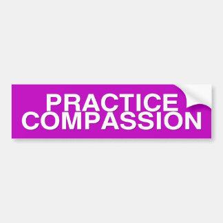 compasión de la práctica etiqueta de parachoque