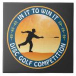 Competencia del golf del disco tejas  ceramicas