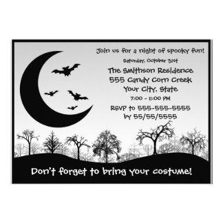 Competencia del traje del fiesta de Halloween blan Invitaciones Personalizada