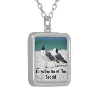 Compinches de la playa collar plateado