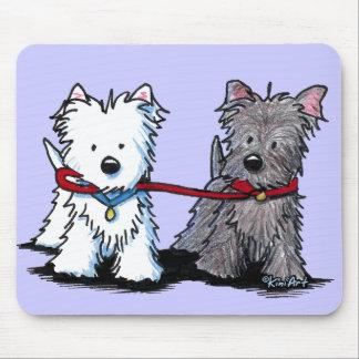 Compinches que caminan de KiniArt Terrier Tapetes De Ratones