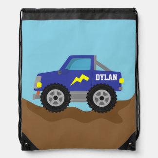 Compitiendo con el monster truck azul, para los mochilas