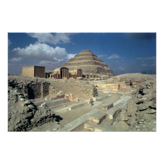 Complejo de Djoser incluyendo la pirámide del paso Póster