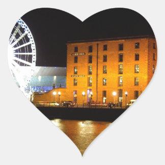 Complejo del muelle de Albert, Liverpool Reino Pegatina En Forma De Corazón