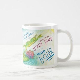 Completamente confiando en la taza de dios