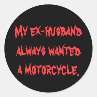 complete un ciclo, mi exmarido, una motocicleta., pegatina redonda