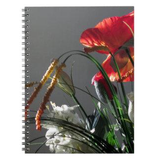Composición de flores libro de apuntes con espiral