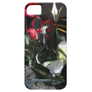 Composition of flowers iPhone 5 case