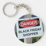 Comprador negro de viernes del peligro llaveros