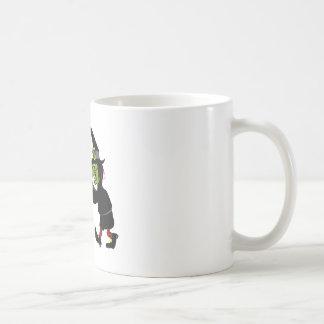 Compras de la bruja para las fuentes taza