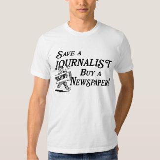Compre el periódico ahorran la camiseta del polera