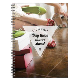 ¡Compre esos zapatos! Cuaderno inspirado de la fot