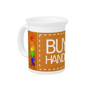 Compre la jarra hecha a mano