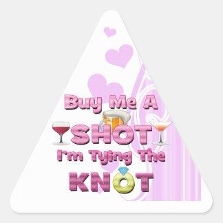 cómpreme un tiro que estoy atando las citas de los pegatina triangular