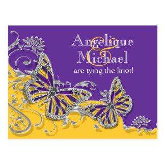 Compromiso amarillo púrpura del boda de la maripos postales