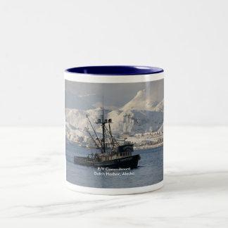 Compromiso, palangrero en el puerto holandés, taza de dos tonos