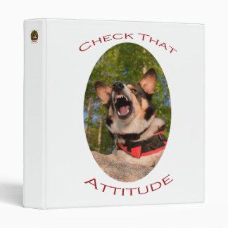 Compruebe esa actitud