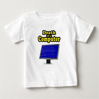 Computer hanging tee shirt