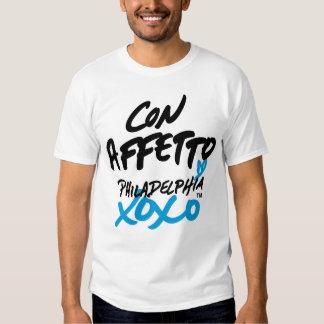 """""""Con amor"""" en camiseta italiana Remeras"""