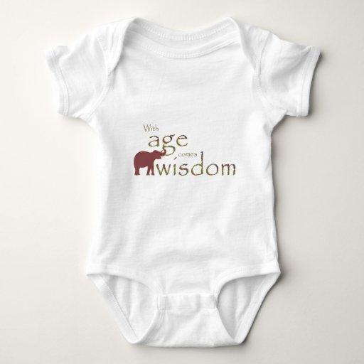 Con edad viene la sabiduría camisas