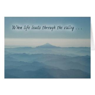 Con el estímulo del valle tarjeta de felicitación