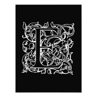 Con monograma blanco del negro del monograma de la arte con fotos
