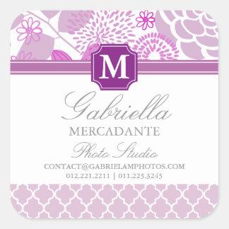 Con monograma floral de Chevron de la lila púrpura Calcomanía Cuadradas