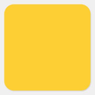 Con nada en él exceptúe el color - amarillo de oro pegatina cuadrada