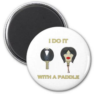Con ping-pong de la paleta imán redondo 5 cm