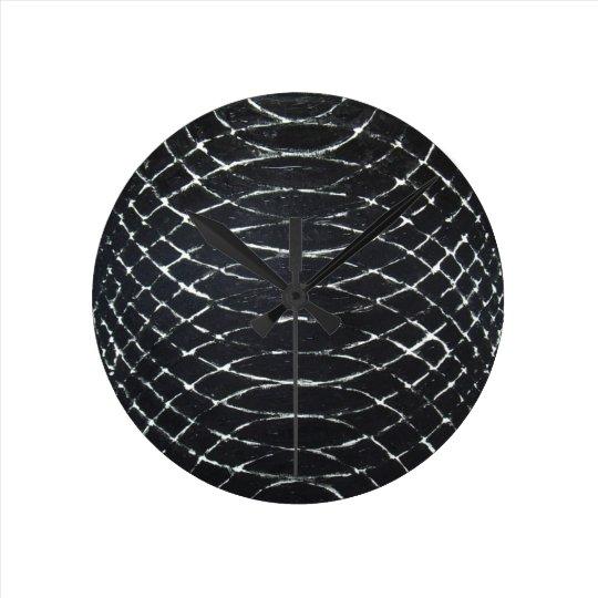 Concentric Black Ripples (black minimalism) Round Clock
