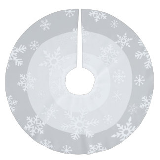 Concentric Snowdrift Brushed Polyester Tree Skirt
