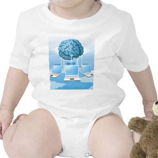 Concepto computacional del cerebro del ordenador traje de bebé