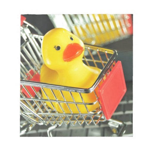 Concepto de goma de las compras del bebé del pato libreta para notas