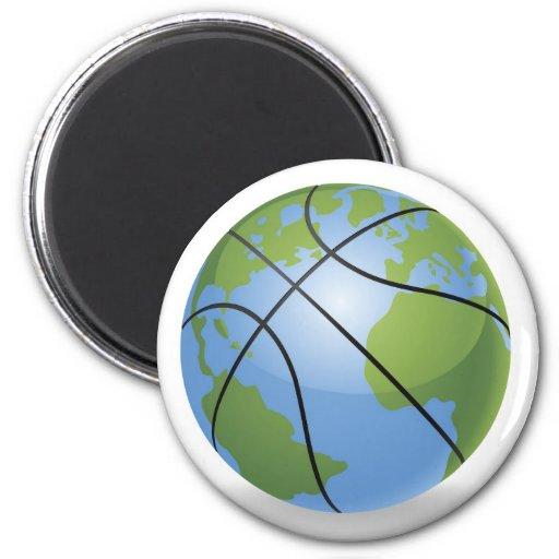 Concepto de la bola del baloncesto del globo del m imán para frigorífico