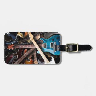 Concepto de las guitarras eléctricas etiquetas bolsa