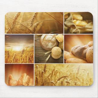 Conceptos de Wheat.Harvest. Collage del cereal Mouse Pads