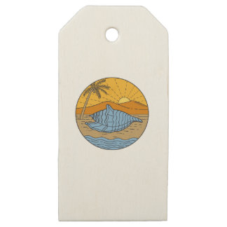 Conch Shell on Beach Mountain Sun Coconut Tree Mon Wooden Gift Tags