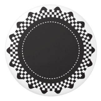 Concha de peregrino a cuadros blanco y negro pomo de cerámica