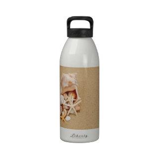 Concha Shell con las cáscaras y las estrellas de m Botella De Agua