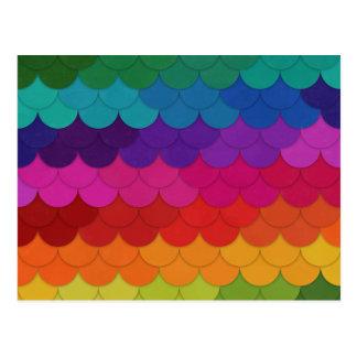 Conchas de peregrino del arco iris postales