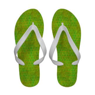 Conchas de peregrino verdes y amarillas de neón sandalias
