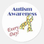 Conciencia del autismo cada día pegatina redonda