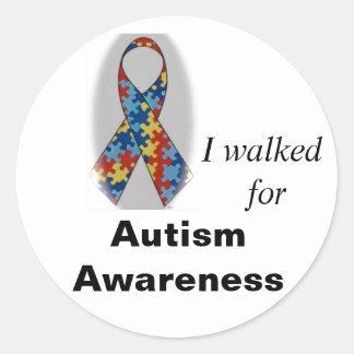 Conciencia del autismo, caminé para etiqueta redonda