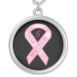 Conciencia del cáncer de pecho - cinta rosada del  pendiente personalizado