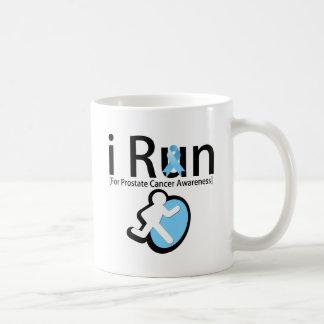 Conciencia del cáncer de próstata que corro tazas de café