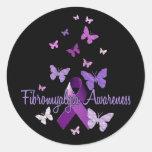 Conciencia del Fibromyalgia (cinta y mariposas) Pegatina Redonda