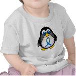 Conciencia linda de Blue Ribbon del pingüino Camisetas