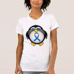 Conciencia linda de Blue Ribbon del pingüino Camiseta